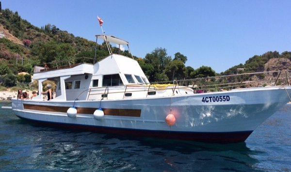 dive taormina sicily isola bella snorkeling fishing tour
